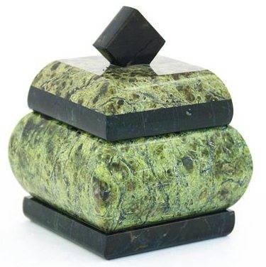 Шкатулки из натурального камня