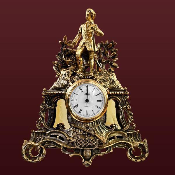 Бронзовые часы Охота